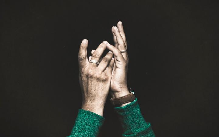 Deixar nas mãos de Deus?